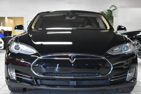 2015 Tesla Model S - Image 8