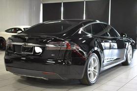 2015 Tesla Model S - Image 5