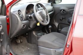 2016 Nissan Versa S Plus Sedan 4d  Rnd836858 - Image 16