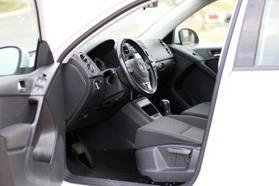 2014 Volkswagen Tiguan 2.0t Se Sport Utility 4d  Rnd556121 - Image 14