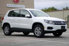 2014 Volkswagen Tiguan 2.0t Se Sport Utility 4d  Rnd556121 - Image 1