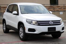 2014 Volkswagen Tiguan 2.0t Se Sport Utility 4d  Rnd556121 - Image 2