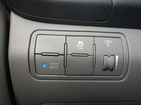 2017 Hyundai Accent Se Sedan 4d  Nta193598 - Image 18