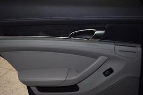 2013 Porsche Panamera - Image 12