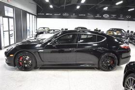 2013 Porsche Panamera - Image 2