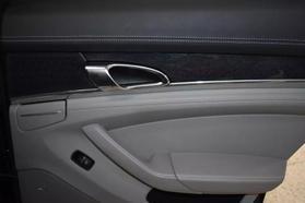 2013 Porsche Panamera - Image 20