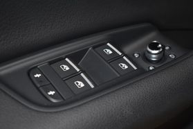 2017 Audi Q7 - Image 30