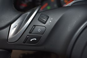 2013 Porsche Panamera - Image 40
