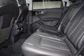 2017 Audi Q7 - Image 14