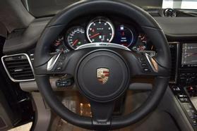 2013 Porsche Panamera - Image 41