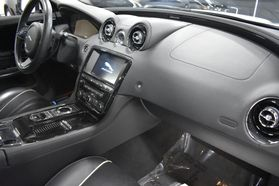 2016 Jaguar Xj - Image 25