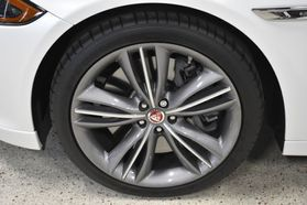 2016 Jaguar Xj - Image 46