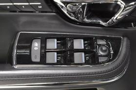 2016 Jaguar Xj - Image 27