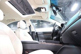 2014 Maserati Ghibli - Image 32