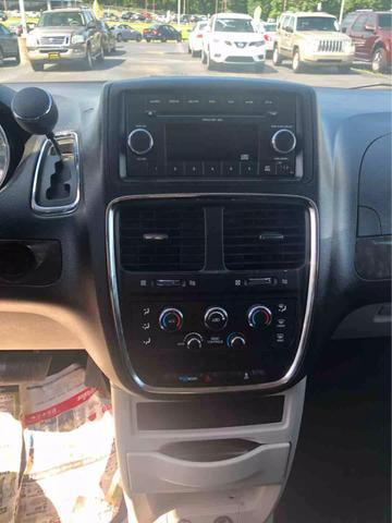 Dodge Grand Caravan Passenger Mainstreet Minivan 4D 2011