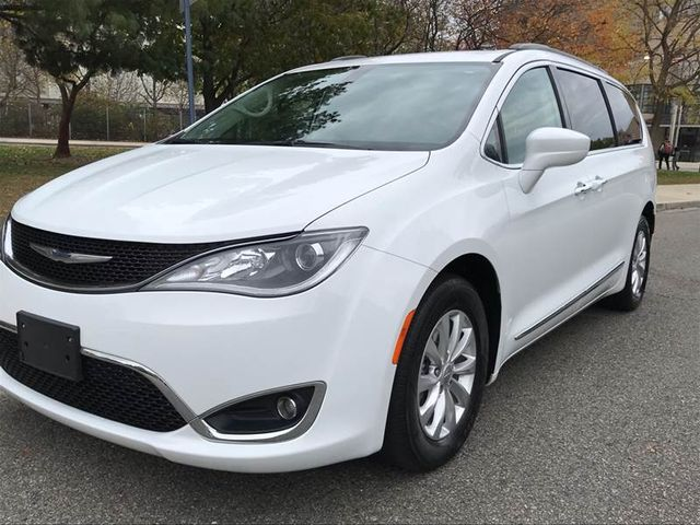Used Chrysler Pacifica Ny