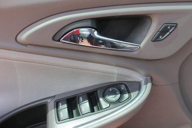 2016 Chevrolet Malibu - Image 7