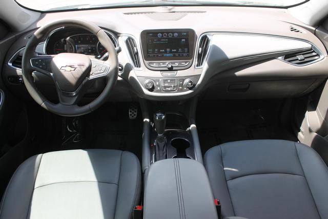 2016 Chevrolet Malibu - Image 21