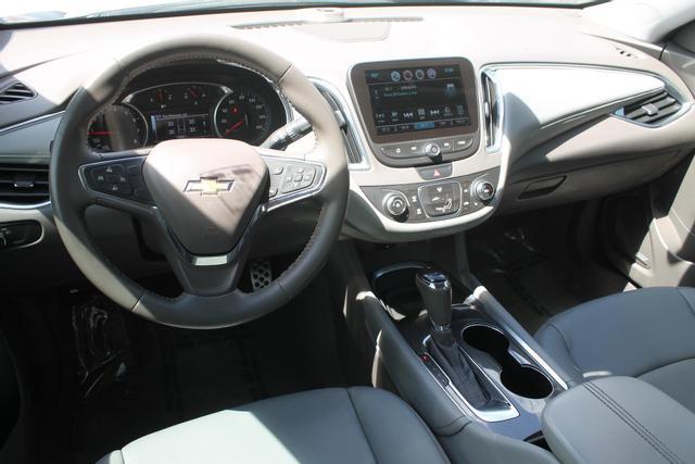 2016 Chevrolet Malibu - Image 20