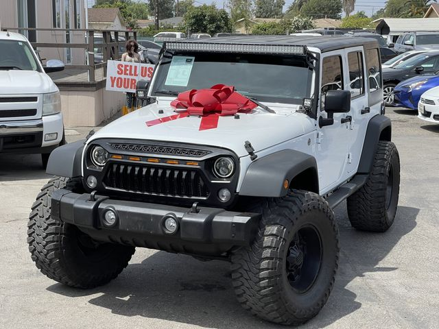 2017 JEEP WRANGLER UNLIMITED 1 of 31